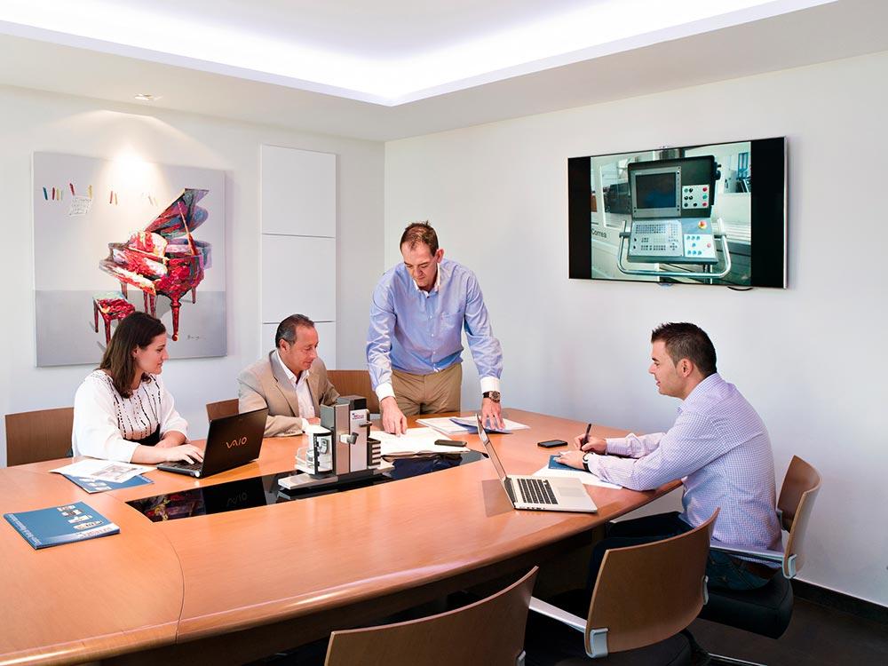 Instalaciones de maquinaria col s for Oficinas bankinter castellon