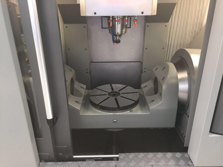 Centro Mecanizado 5 Ejes Continuos usado
