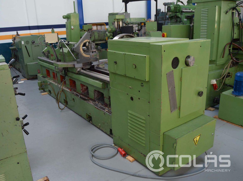 Used GURUTZPE SUPER M 350X3000 manual lathe
