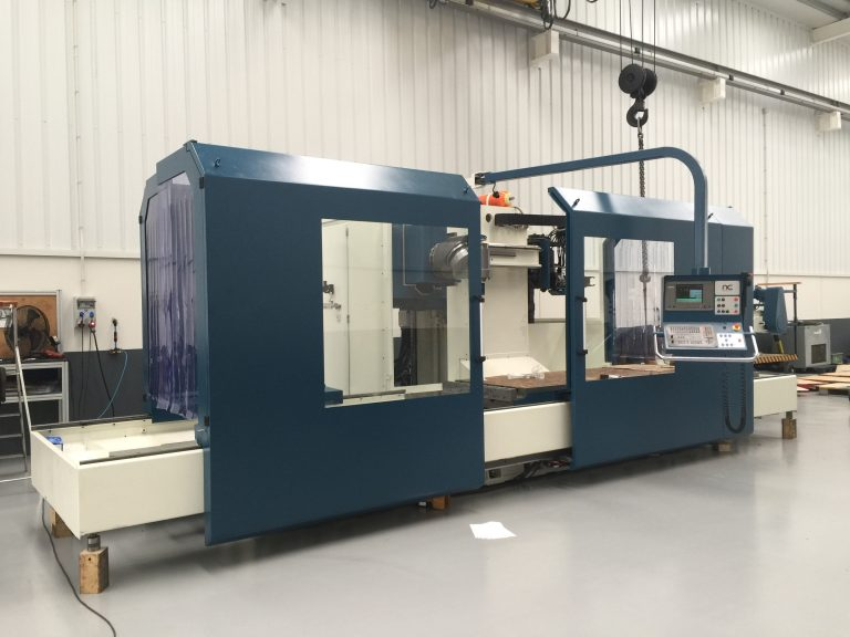 Used Correa CF 2525 bed type milling machine